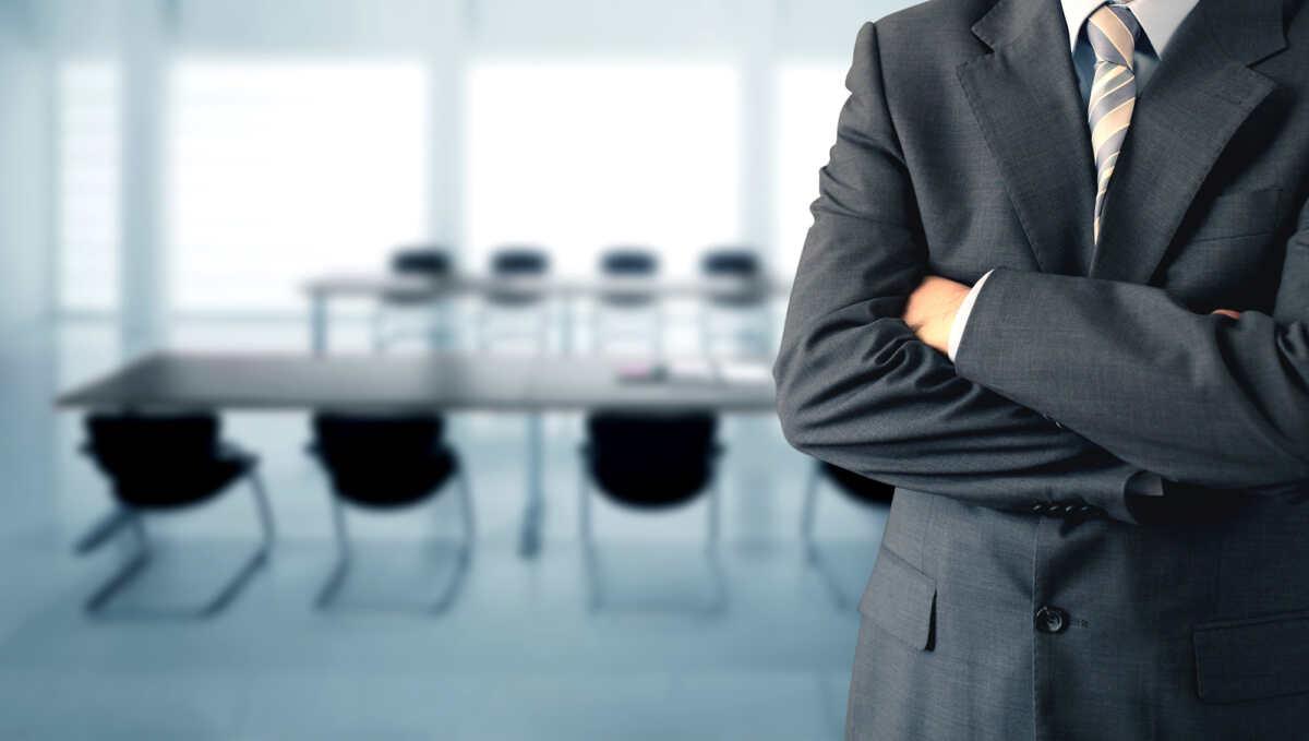 60代 経営コンサルティング会社社長 国内生保「豪ドル建て一時払い変額終身保険」を解約して「オフショア固定金利プラン」を契約された事例